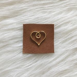 '70s / Open Heart Pin